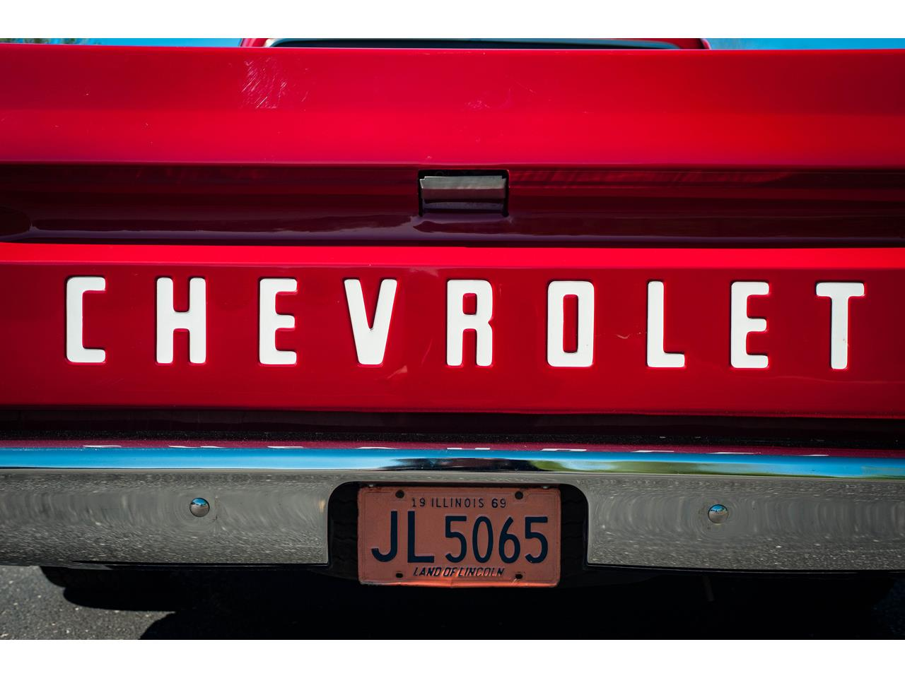 Large Picture of Classic '69 Chevrolet C10 located in O'Fallon Illinois Offered by Gateway Classic Cars - St. Louis - QB8I