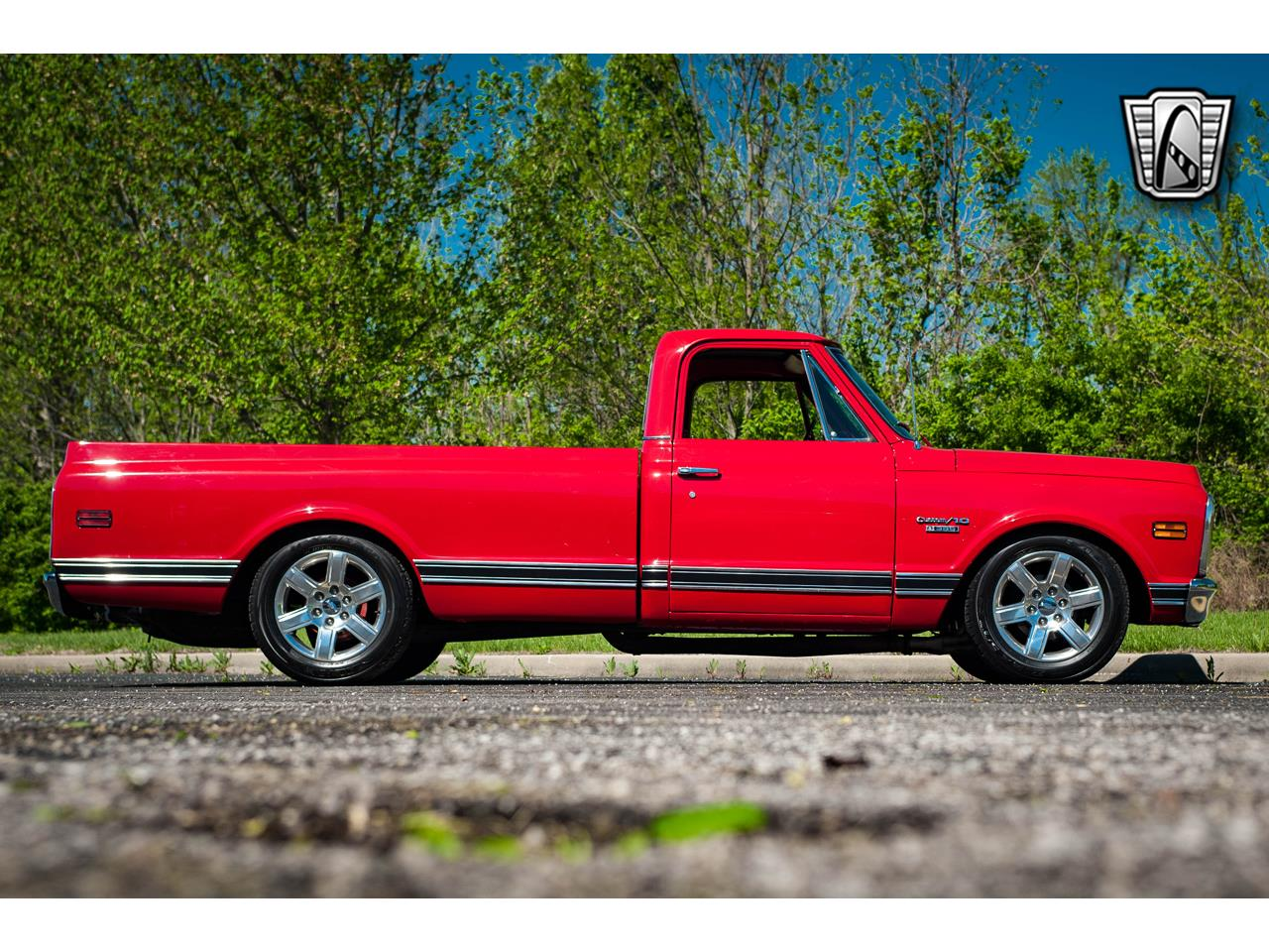 Large Picture of Classic '69 C10 located in Illinois Offered by Gateway Classic Cars - St. Louis - QB8I