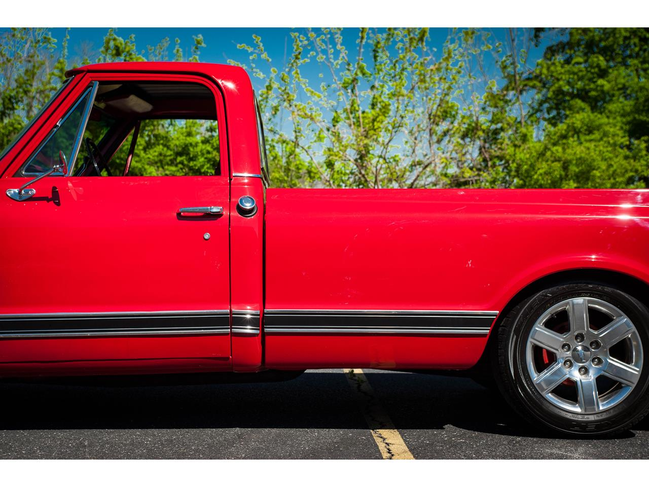 Large Picture of 1969 Chevrolet C10 located in Illinois - QB8I