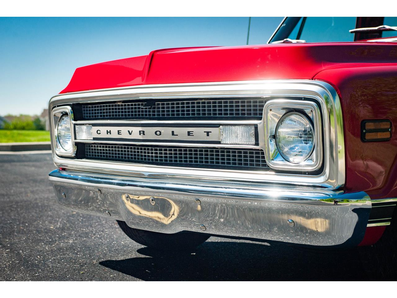 Large Picture of Classic 1969 C10 located in Illinois Offered by Gateway Classic Cars - St. Louis - QB8I