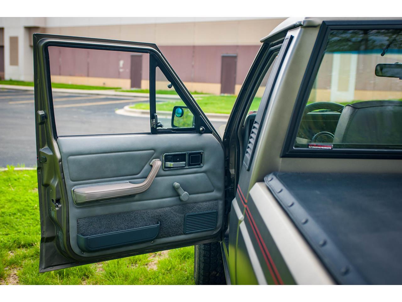 Large Picture of '90 Jeep Comanche - $16,500.00 - QB8P