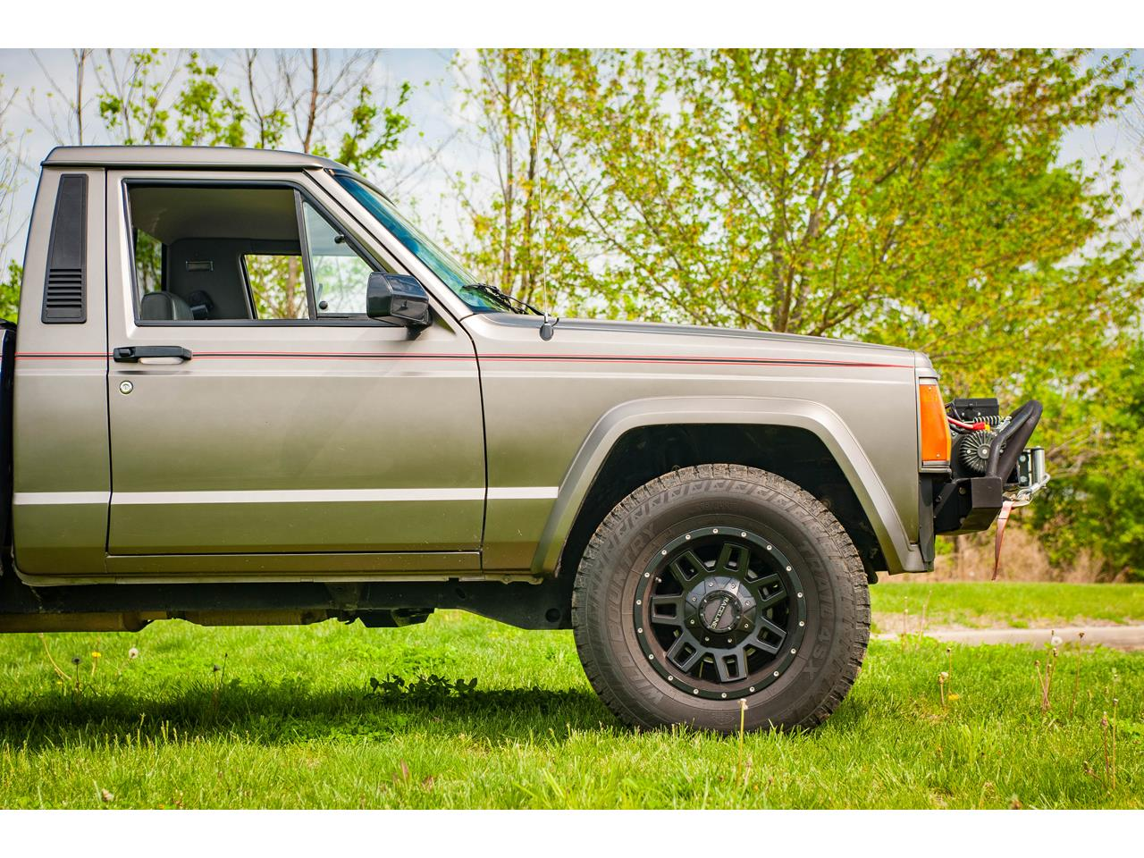 Large Picture of 1990 Jeep Comanche - $16,500.00 Offered by Gateway Classic Cars - St. Louis - QB8P