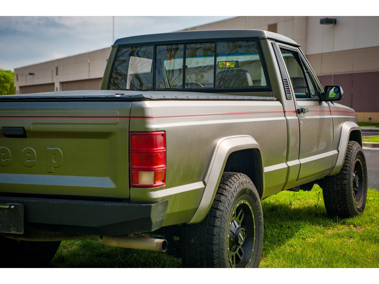 Large Picture of '90 Comanche Offered by Gateway Classic Cars - St. Louis - QB8P
