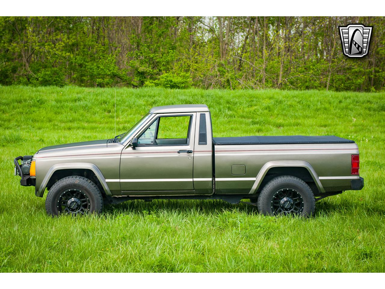 Large Picture of 1990 Jeep Comanche located in Illinois - $16,500.00 Offered by Gateway Classic Cars - St. Louis - QB8P