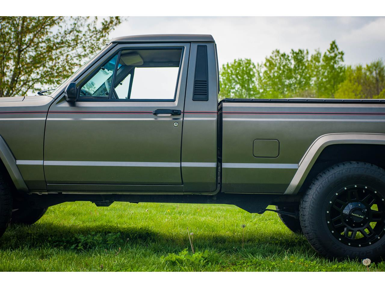 Large Picture of 1990 Comanche - $16,500.00 Offered by Gateway Classic Cars - St. Louis - QB8P