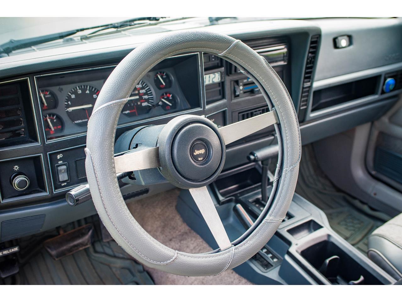 Large Picture of 1990 Jeep Comanche located in Illinois - $16,500.00 - QB8P