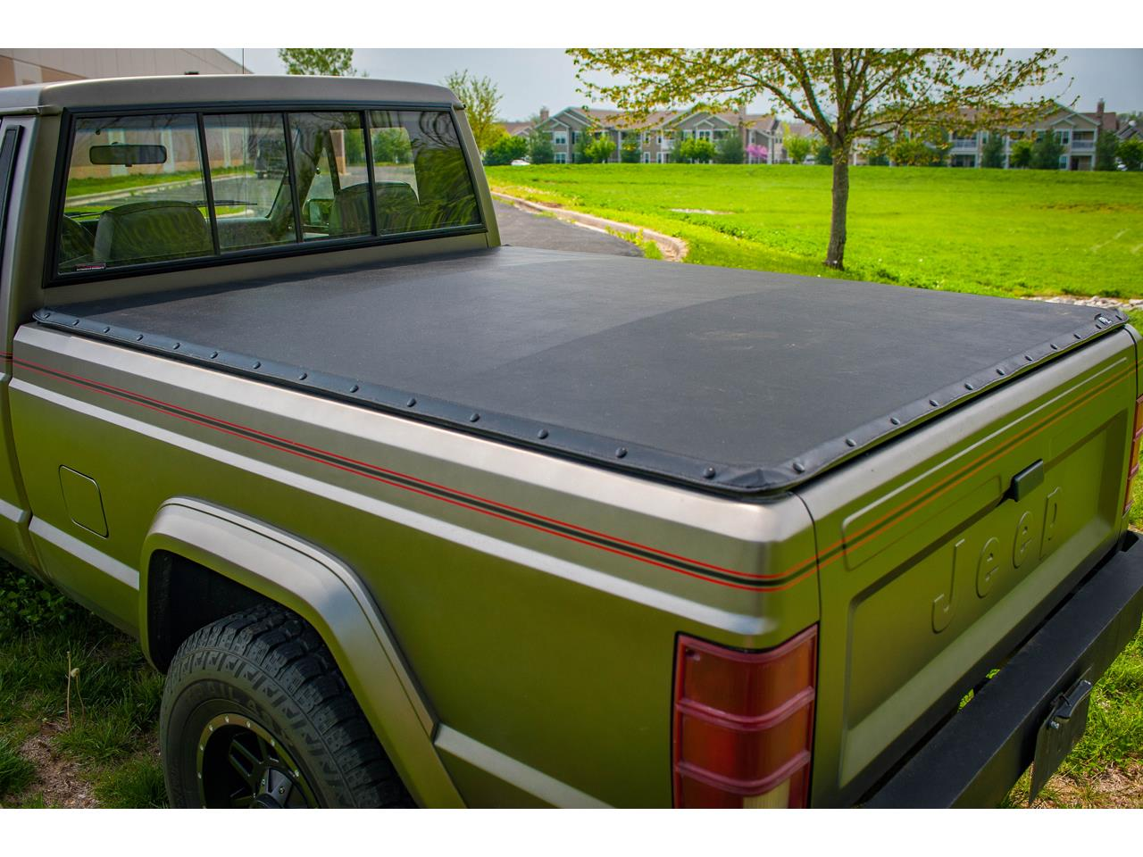 Large Picture of 1990 Comanche located in Illinois Offered by Gateway Classic Cars - St. Louis - QB8P