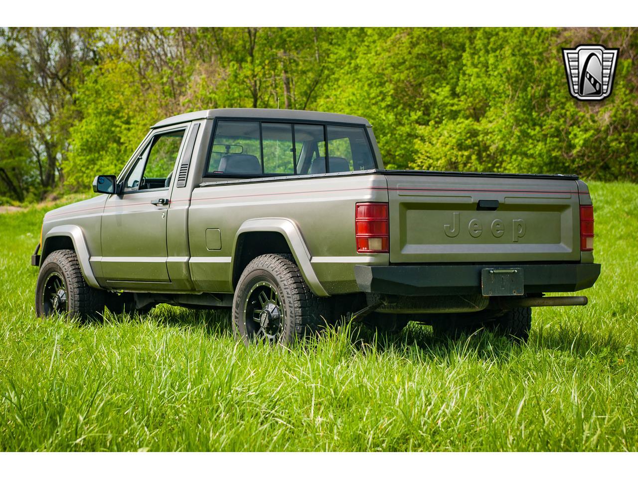 Large Picture of '90 Jeep Comanche located in Illinois - QB8P