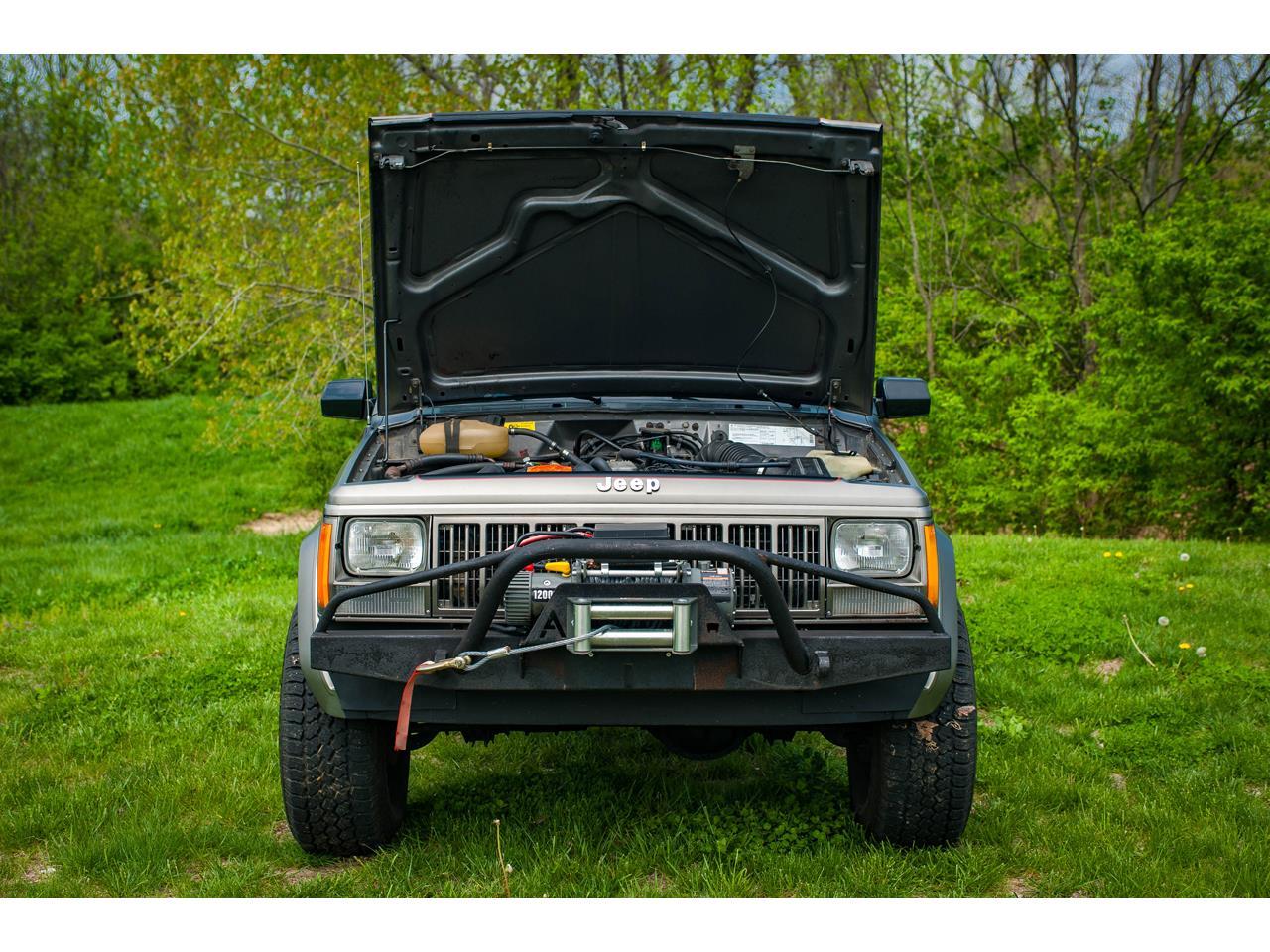 Large Picture of '90 Comanche - $16,500.00 - QB8P