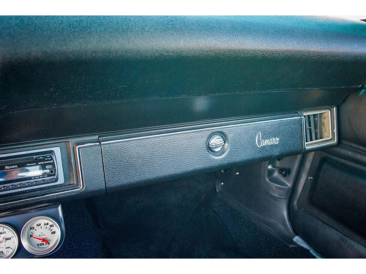 Large Picture of Classic 1971 Chevrolet Camaro located in O'Fallon Illinois - QB8S