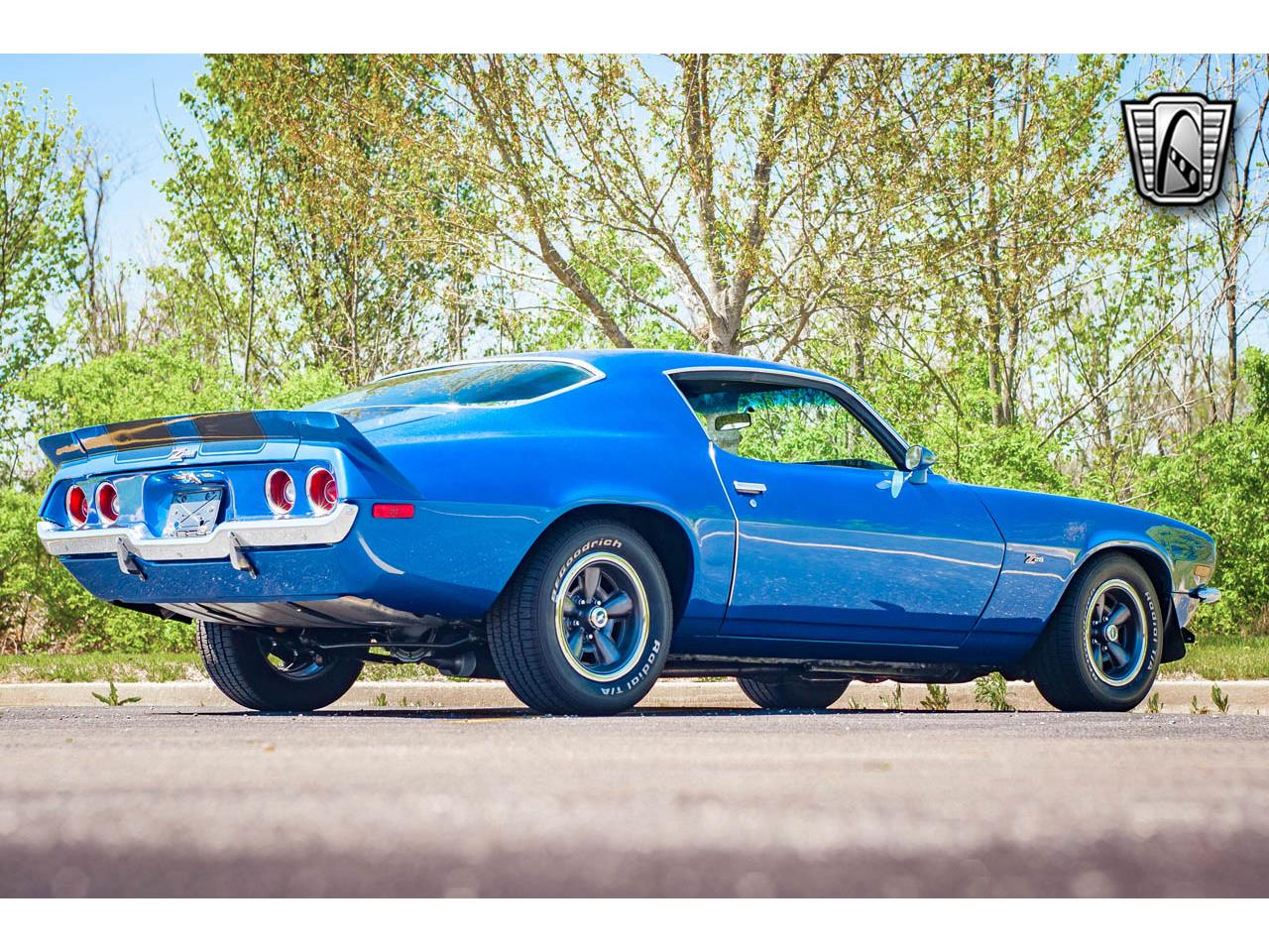 Large Picture of Classic '71 Camaro located in O'Fallon Illinois - QB8S