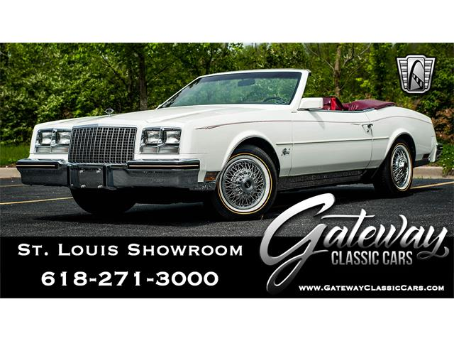 Picture of '82 Buick Riviera located in O'Fallon Illinois Offered by  - QB91