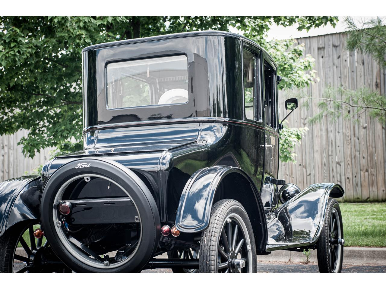 Large Picture of 1925 Model T located in Illinois - $18,000.00 Offered by Gateway Classic Cars - St. Louis - QB96