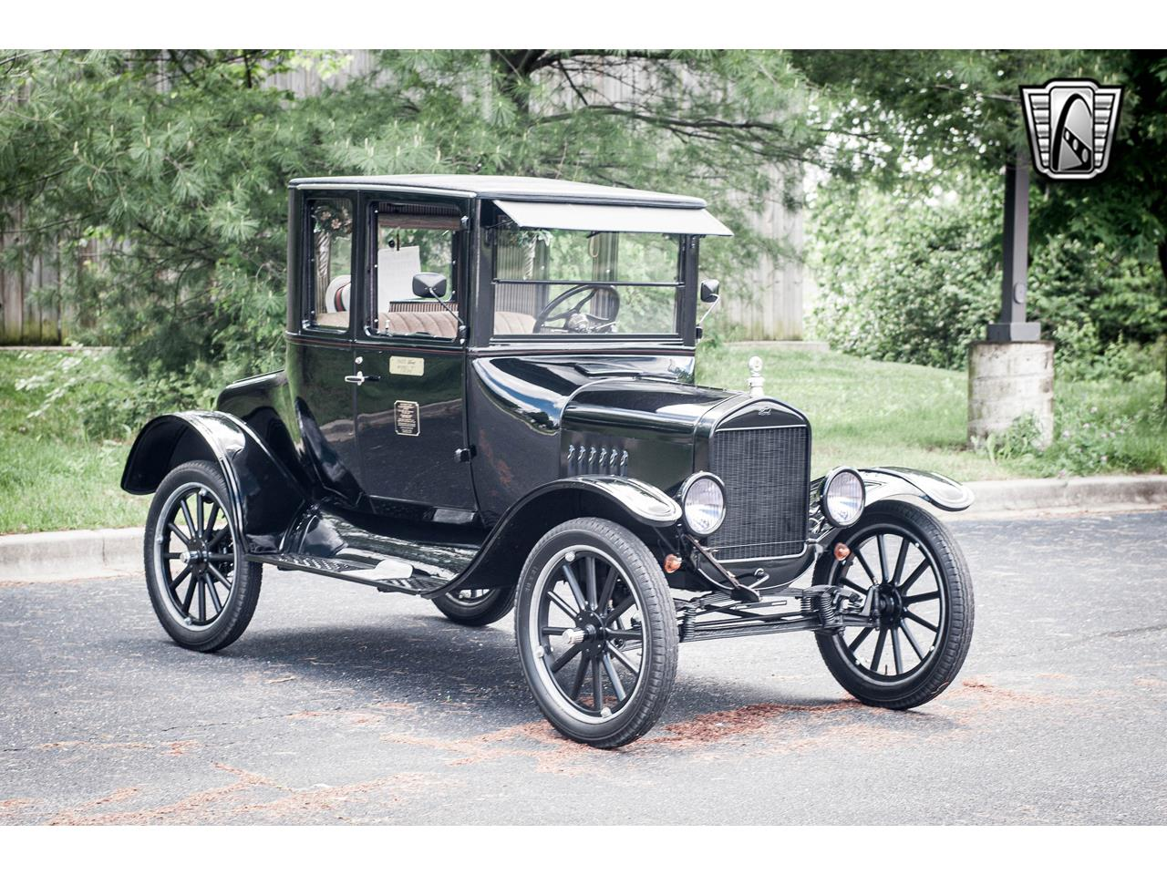Large Picture of Classic 1925 Ford Model T located in Illinois - $18,000.00 Offered by Gateway Classic Cars - St. Louis - QB96