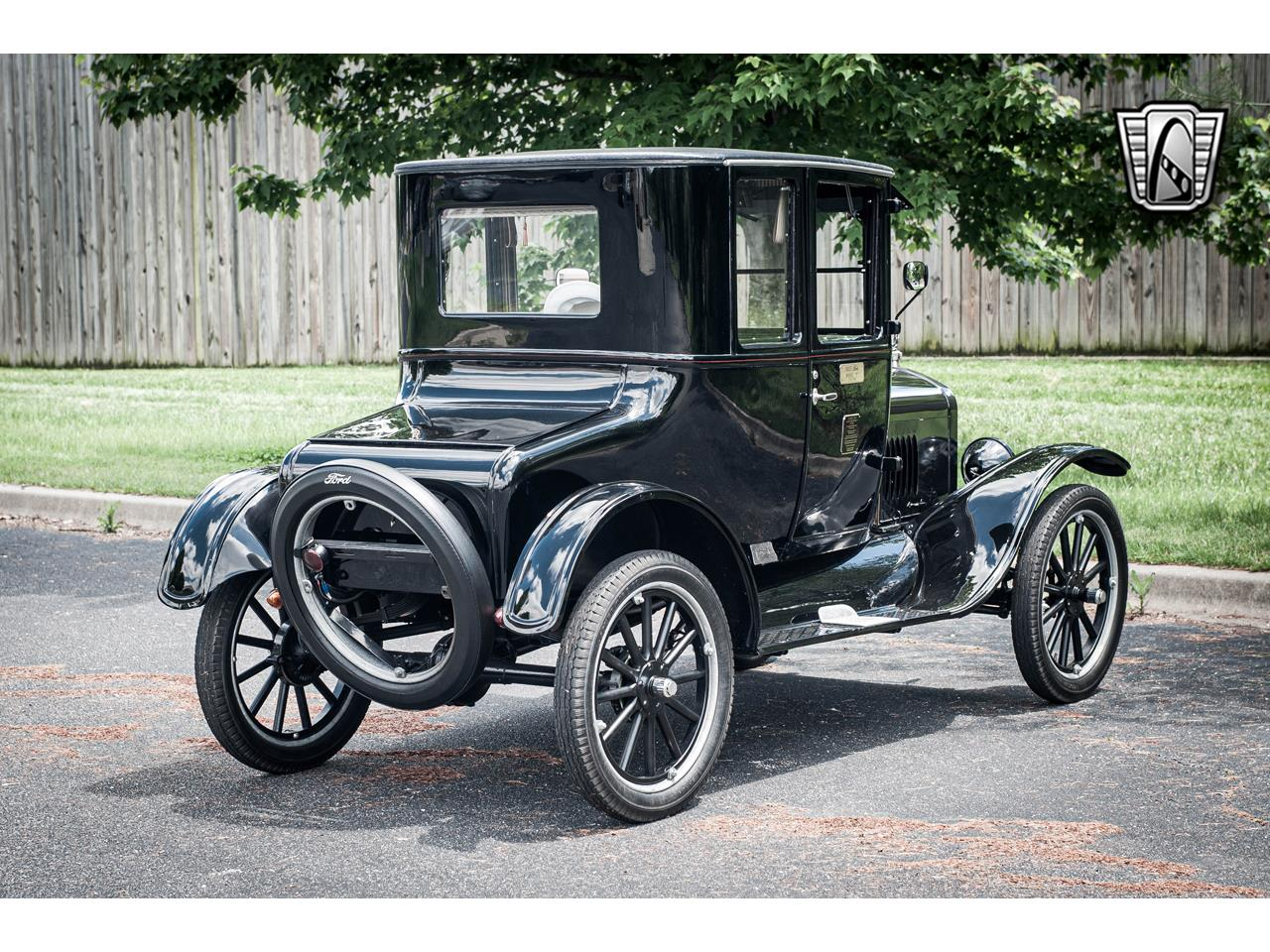 Large Picture of 1925 Model T located in O'Fallon Illinois Offered by Gateway Classic Cars - St. Louis - QB96