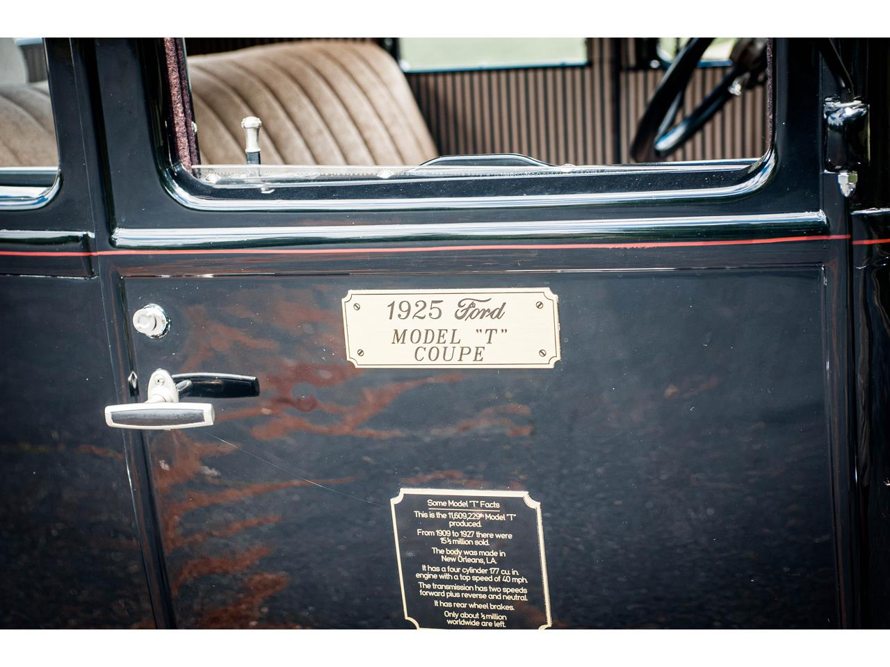 Large Picture of Classic 1925 Ford Model T located in O'Fallon Illinois - QB96