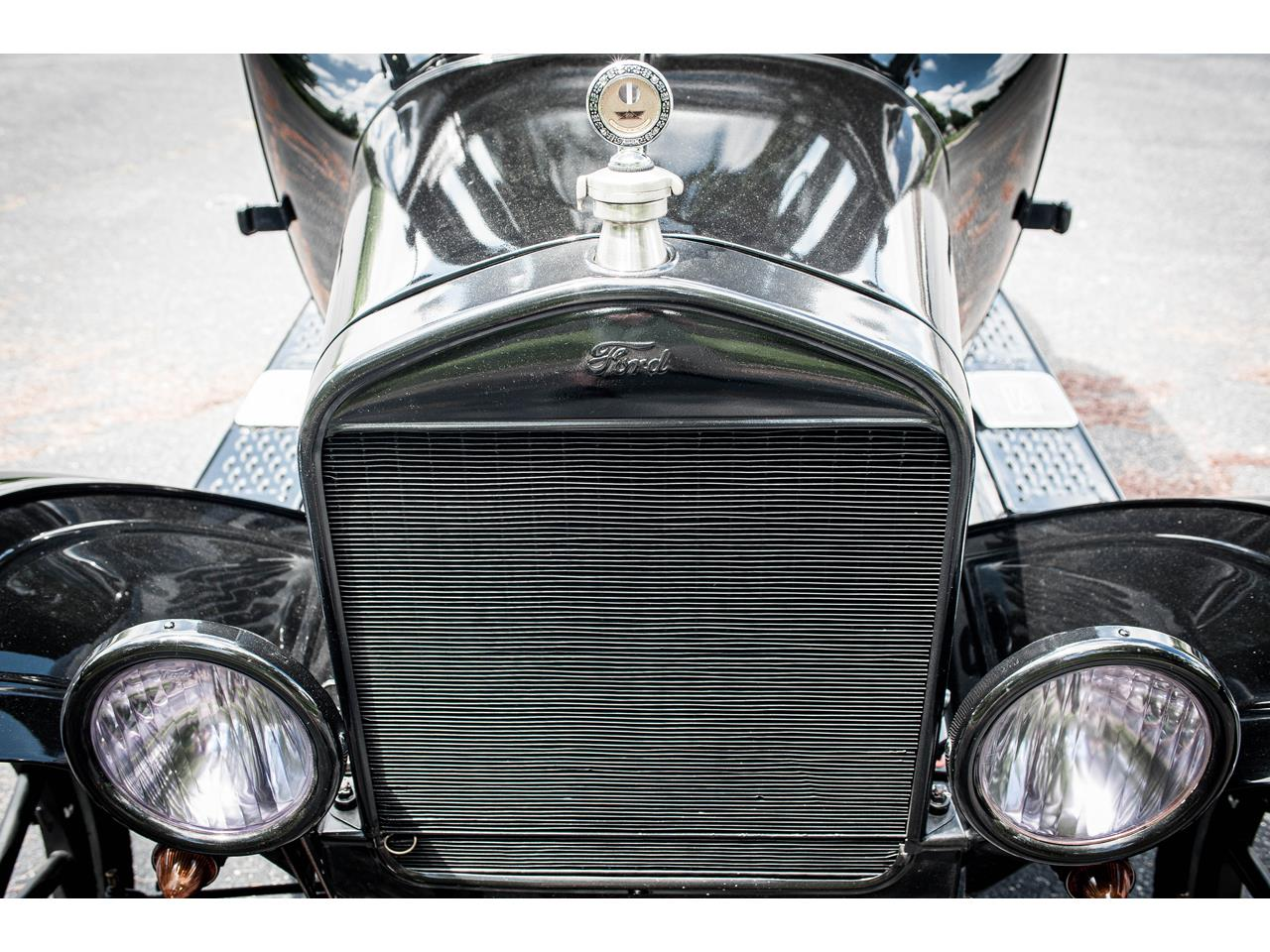Large Picture of '25 Ford Model T located in O'Fallon Illinois Offered by Gateway Classic Cars - St. Louis - QB96