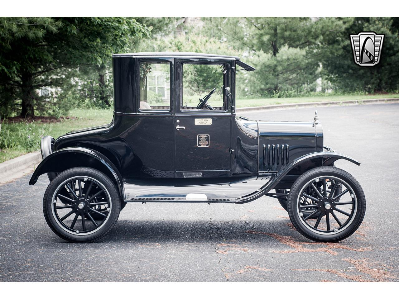 Large Picture of Classic 1925 Ford Model T Offered by Gateway Classic Cars - St. Louis - QB96