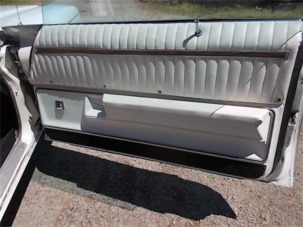 Large Picture of '72 Oldsmobile Delta 88 Royale - $5,500.00 - QB97