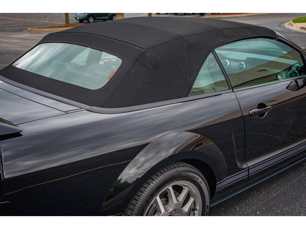 Large Picture of 2007 Mustang Offered by Gateway Classic Cars - St. Louis - QB98