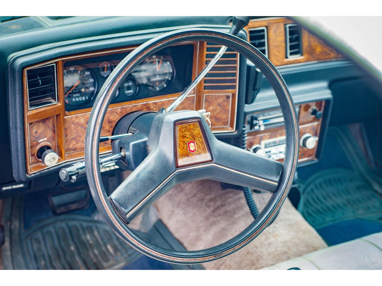 Large Picture of 1982 El Camino located in O'Fallon Illinois - QB9A