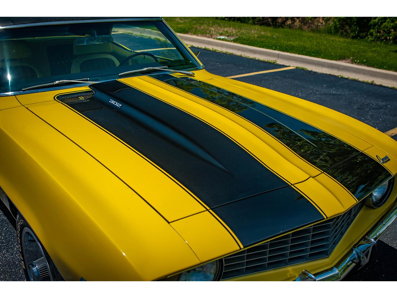 Large Picture of Classic '69 Camaro located in Illinois Offered by Gateway Classic Cars - St. Louis - QB9B