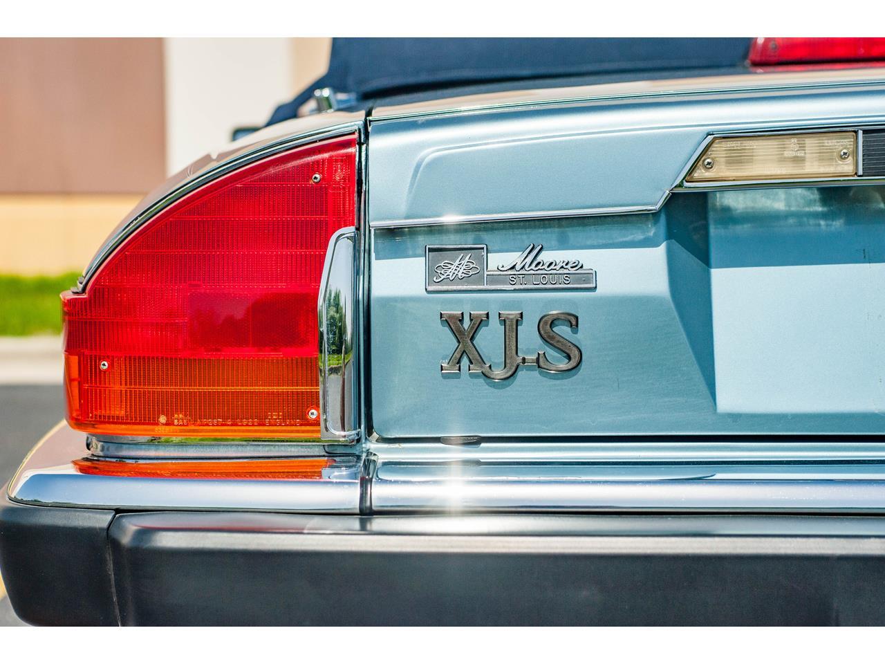 Large Picture of 1990 Jaguar XJS - QB9E