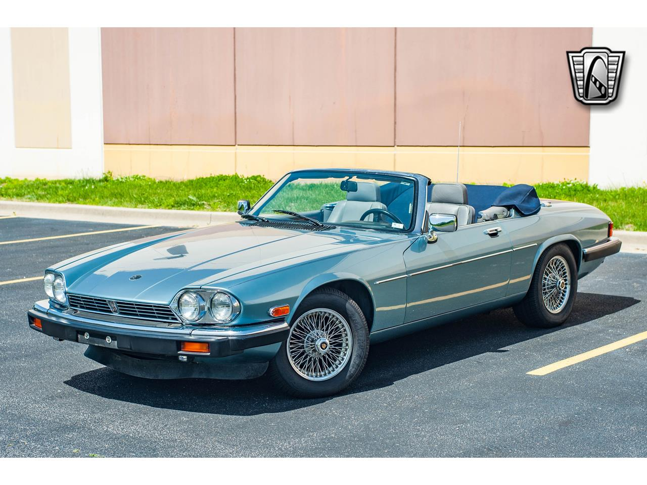 Large Picture of '90 XJS located in O'Fallon Illinois - $15,500.00 Offered by Gateway Classic Cars - St. Louis - QB9E