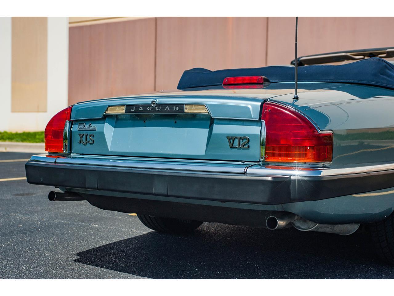 Large Picture of 1990 Jaguar XJS located in Illinois - QB9E