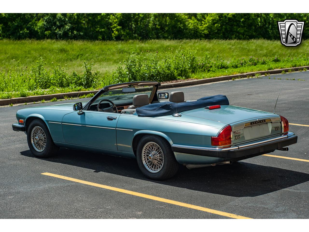 Large Picture of '90 XJS located in Illinois - QB9E