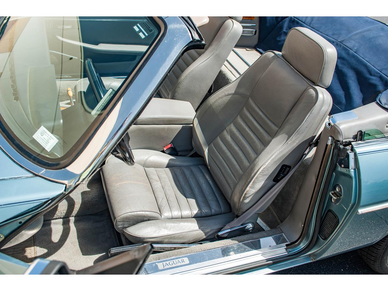 Large Picture of '90 Jaguar XJS located in Illinois Offered by Gateway Classic Cars - St. Louis - QB9E