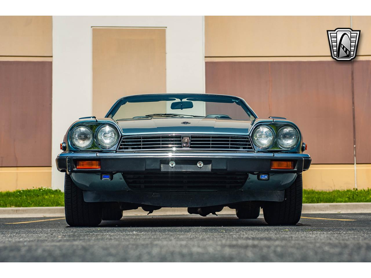 Large Picture of '90 XJS located in Illinois Offered by Gateway Classic Cars - St. Louis - QB9E