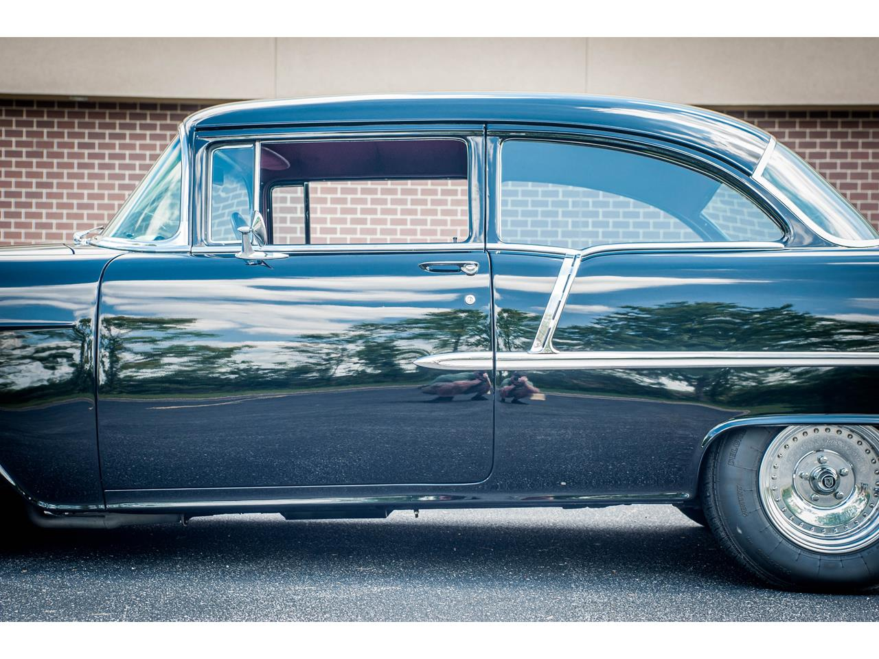 Large Picture of Classic 1955 Bel Air located in Illinois Offered by Gateway Classic Cars - St. Louis - QB9F