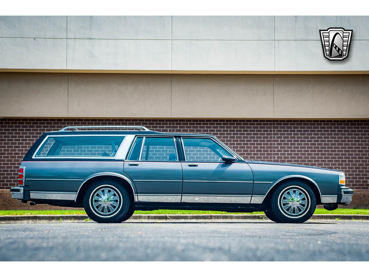 Large Picture of '89 Chevrolet Caprice located in Illinois - $17,995.00 - QB9K
