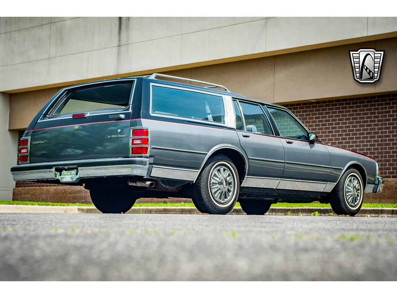 Large Picture of '89 Caprice located in O'Fallon Illinois Offered by Gateway Classic Cars - St. Louis - QB9K
