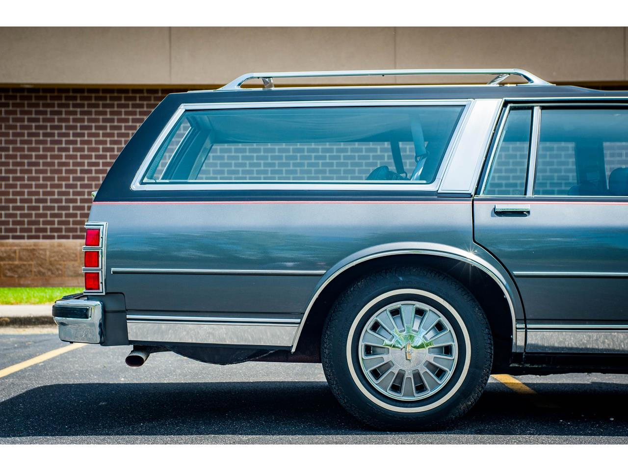 Large Picture of '89 Chevrolet Caprice - QB9K