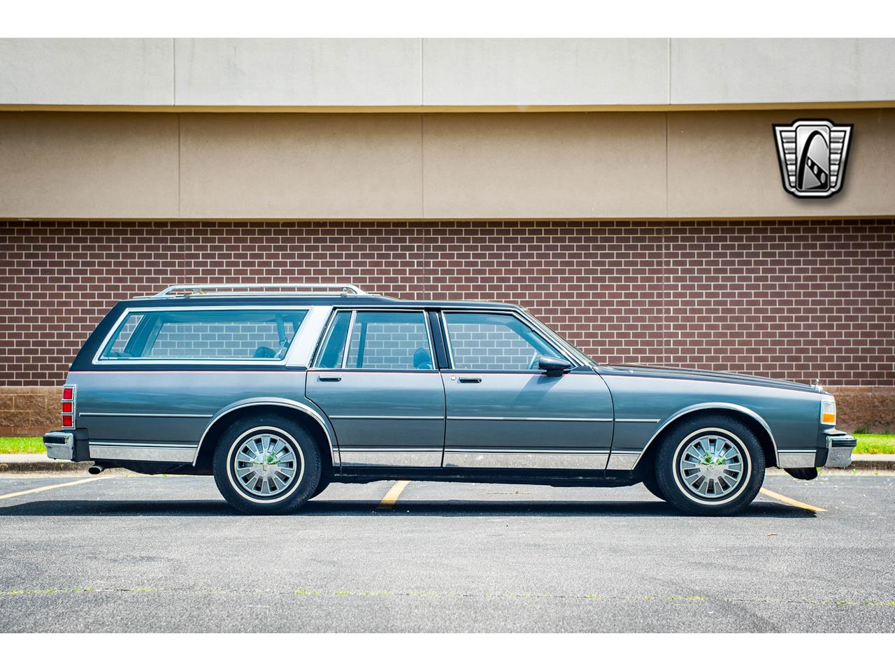 Large Picture of '89 Caprice located in Illinois - $17,995.00 - QB9K