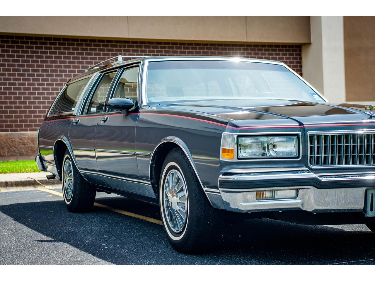Large Picture of '89 Caprice located in Illinois - QB9K