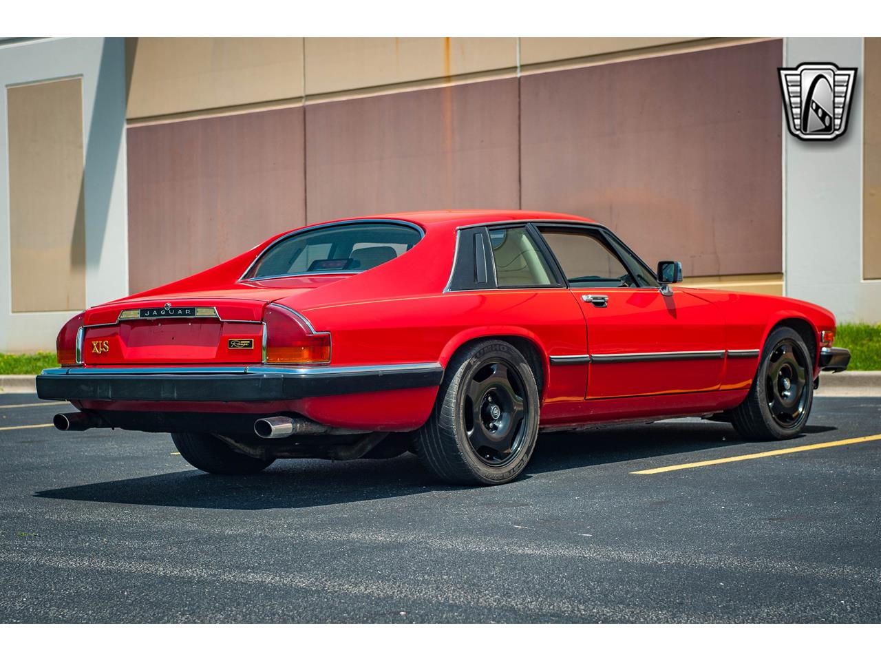 Large Picture of '89 XJS located in O'Fallon Illinois Offered by Gateway Classic Cars - St. Louis - QB9L