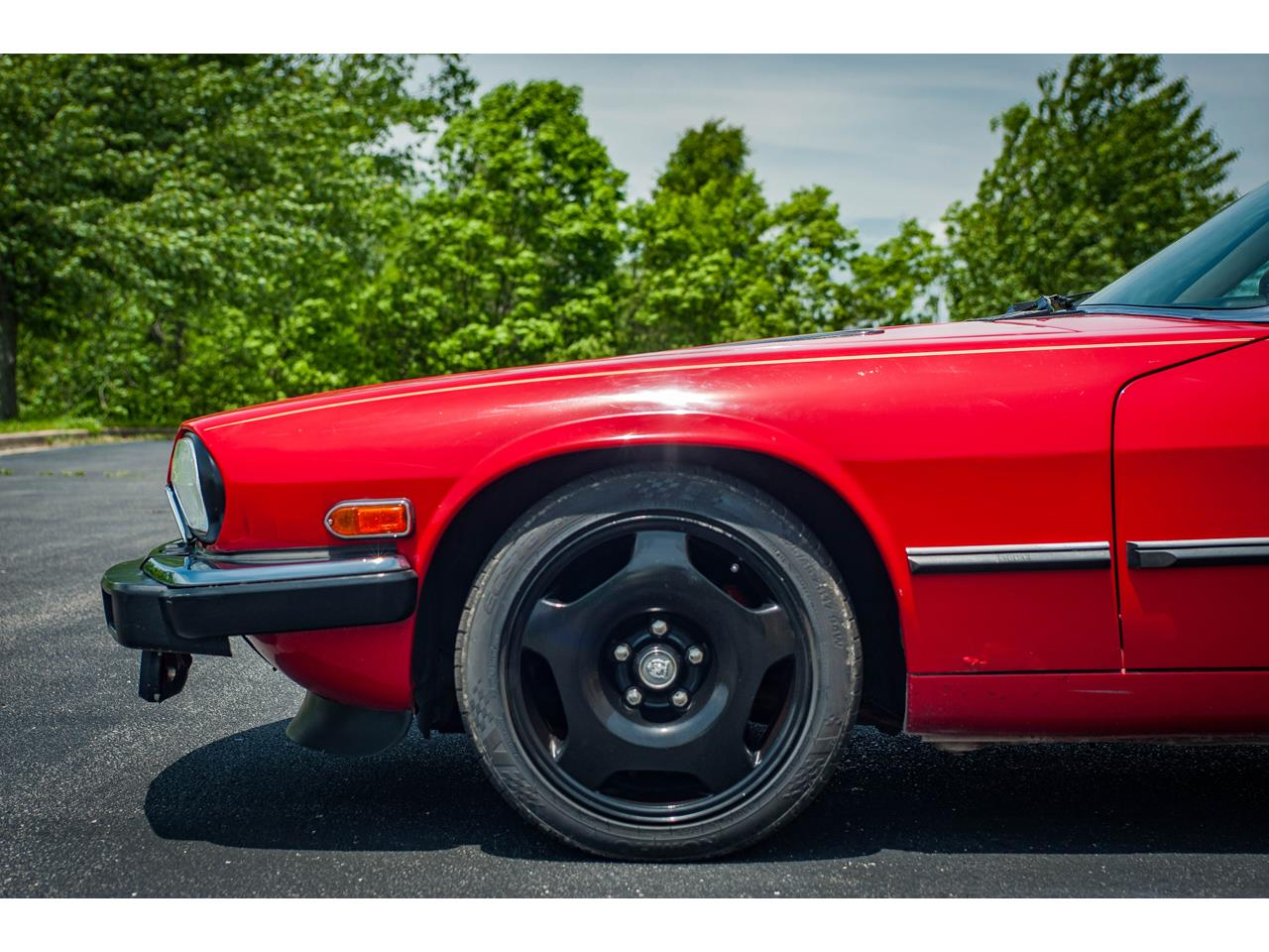 Large Picture of 1989 XJS located in O'Fallon Illinois - $20,000.00 Offered by Gateway Classic Cars - St. Louis - QB9L