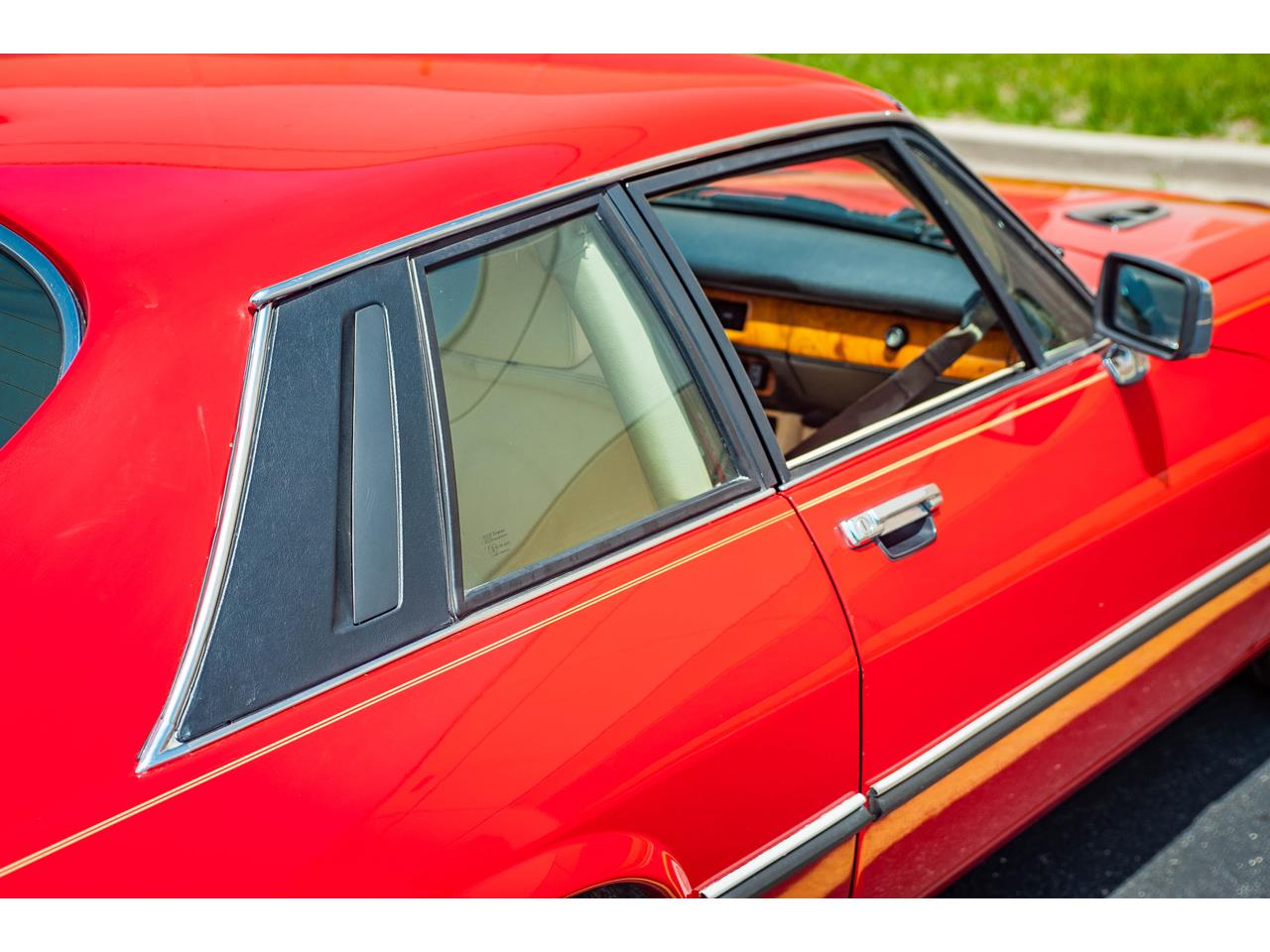 Large Picture of '89 XJS - $20,000.00 Offered by Gateway Classic Cars - St. Louis - QB9L