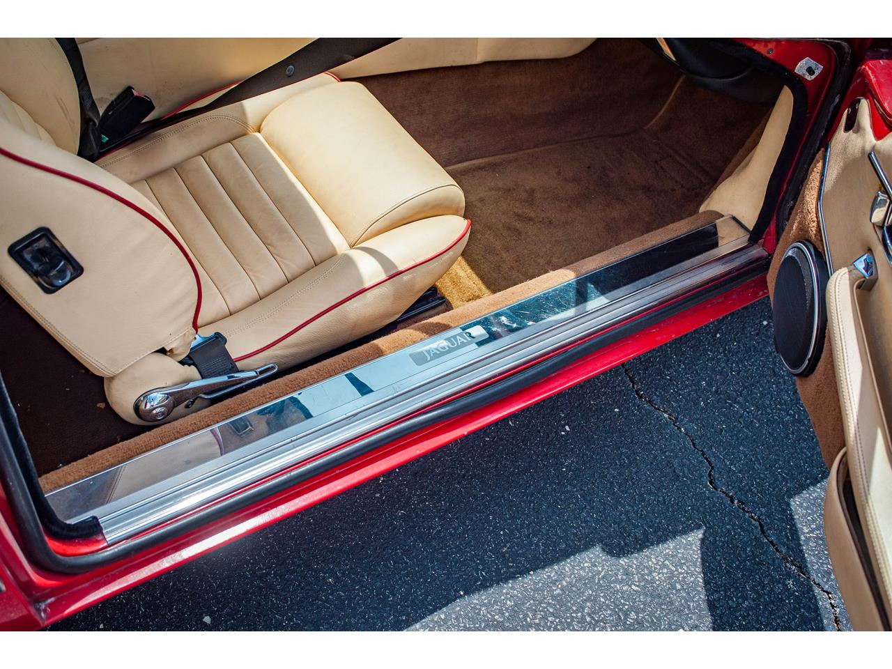 Large Picture of 1989 XJS located in Illinois Offered by Gateway Classic Cars - St. Louis - QB9L