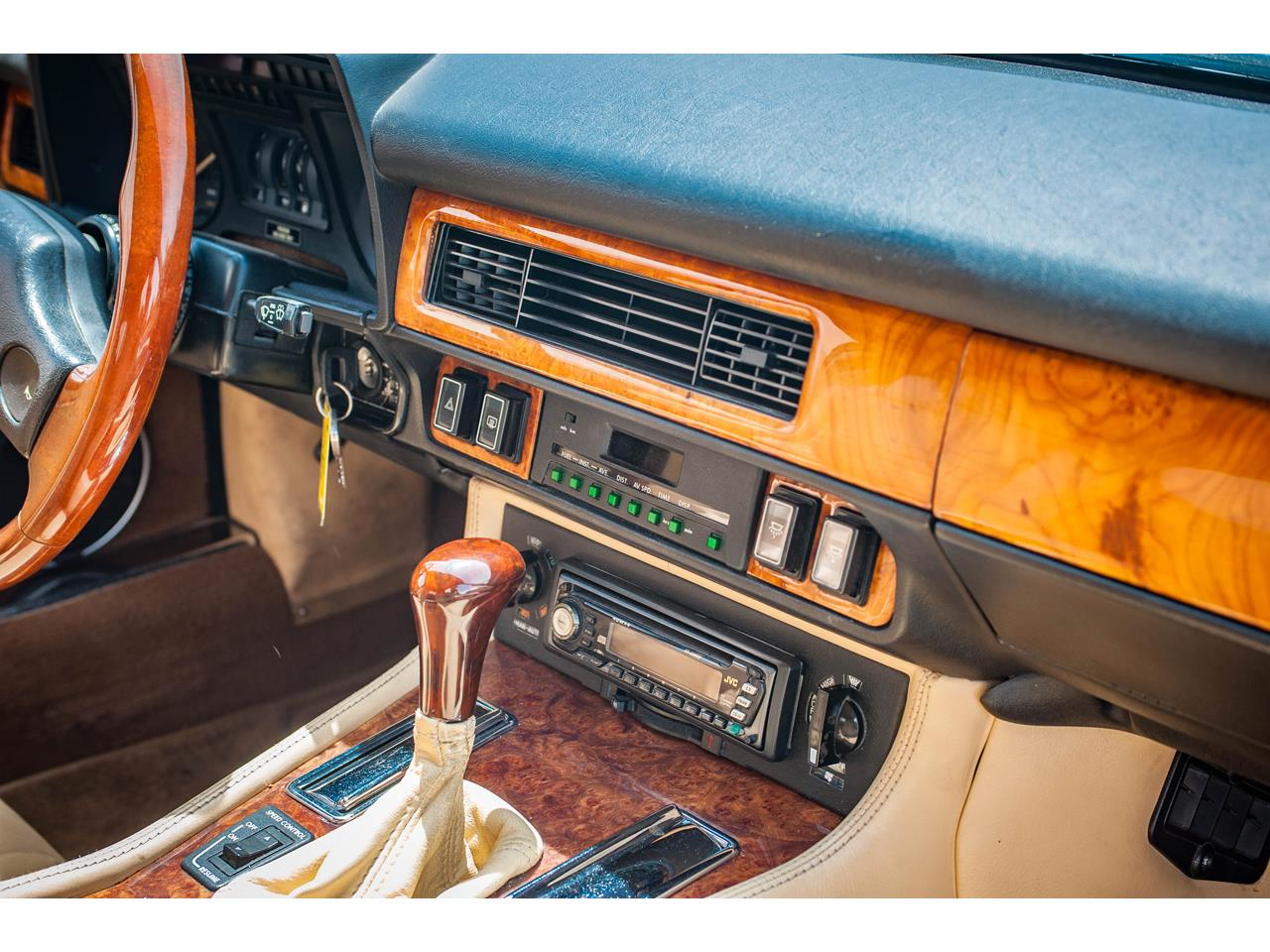 Large Picture of '89 Jaguar XJS located in O'Fallon Illinois - $20,000.00 Offered by Gateway Classic Cars - St. Louis - QB9L
