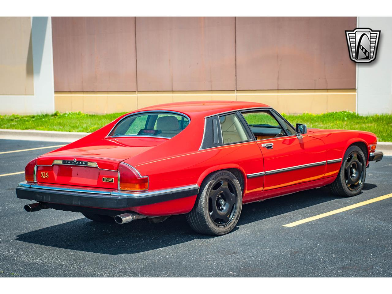 Large Picture of 1989 Jaguar XJS located in Illinois - $20,000.00 Offered by Gateway Classic Cars - St. Louis - QB9L
