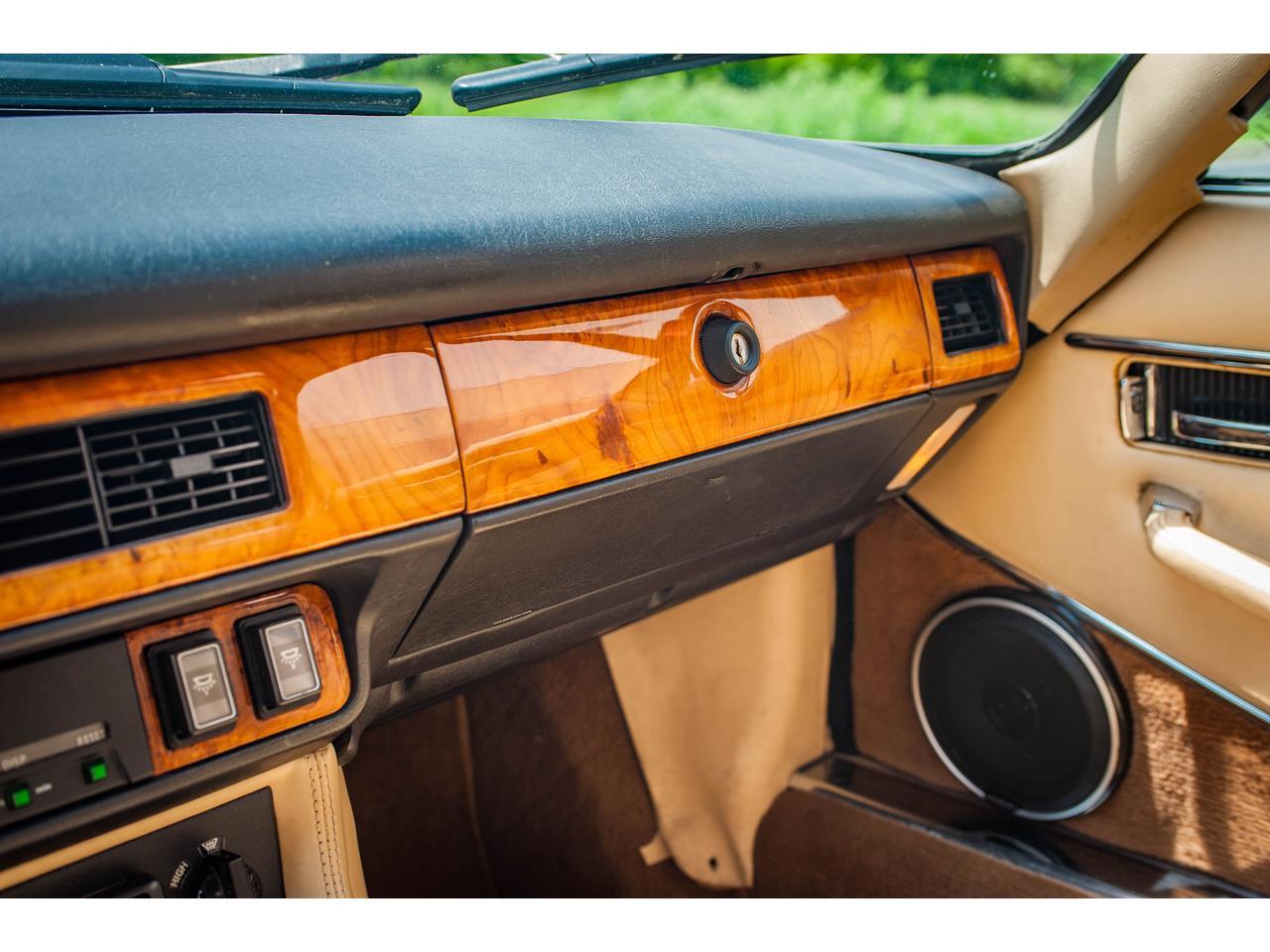 Large Picture of 1989 Jaguar XJS located in Illinois - QB9L