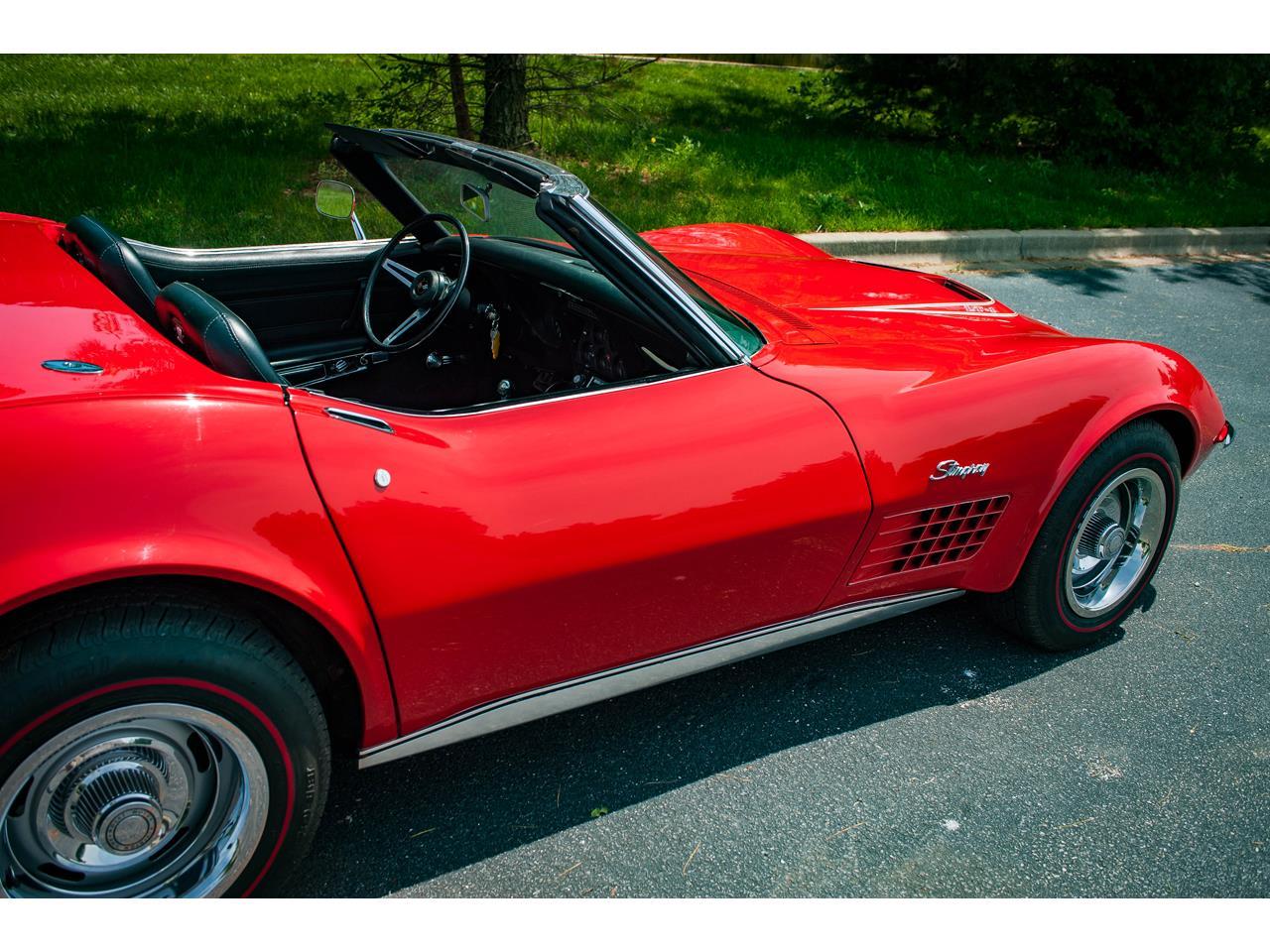 Large Picture of Classic '71 Corvette located in O'Fallon Illinois - QB9M