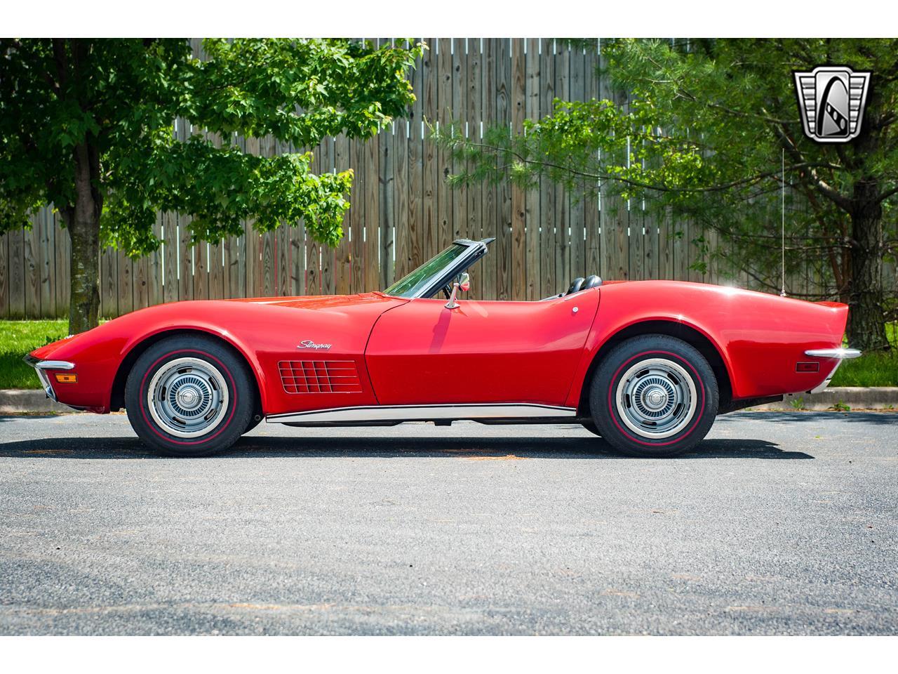 Large Picture of Classic 1971 Corvette located in O'Fallon Illinois - QB9M