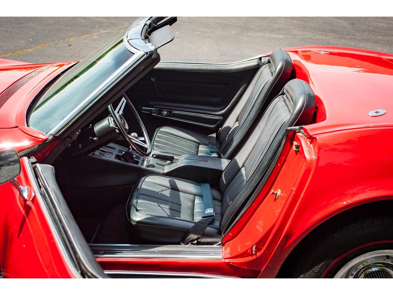 Large Picture of Classic 1971 Corvette located in O'Fallon Illinois - $40,500.00 - QB9M