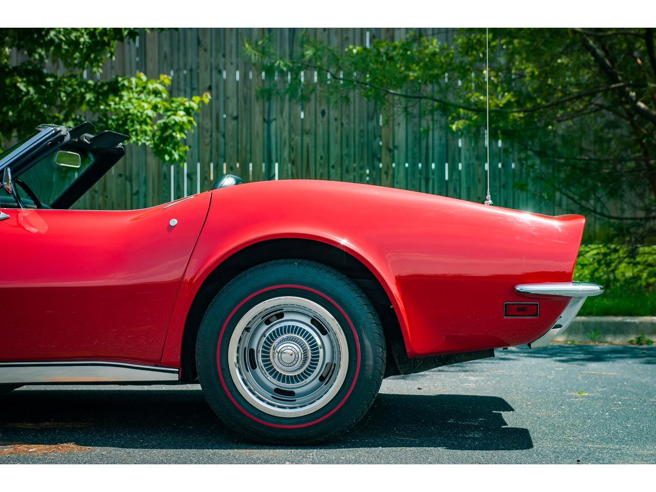 Large Picture of 1971 Corvette located in Illinois - QB9M