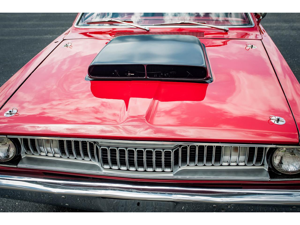 Large Picture of 1971 Plymouth Duster located in O'Fallon Illinois Offered by Gateway Classic Cars - St. Louis - QB9U